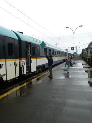 Bandera verde para la salida del tren hacia Temuco
