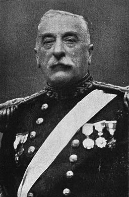 Arturo Fernández Vial, Guardiamarina de la «Esmeralda»